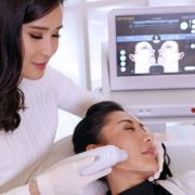 Tips-Mengatasi-Kulit-Wajah-Kendur-dan-Tua-Ultherapy-Jakarta-Salah-Satunya